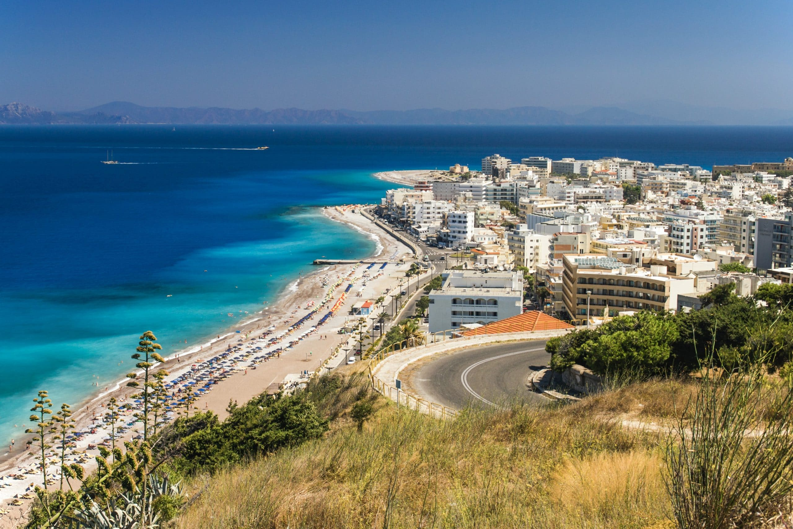 Rent a car in Rhodes? The definitive guide with 3 Pros and Cons to Help You Decide.